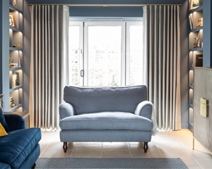 Customer Image: Alwinton Snuggler in House Plain Sky