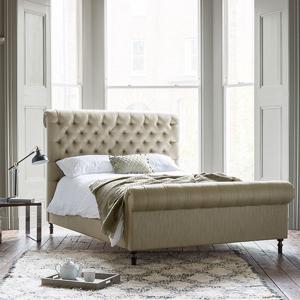 As Seen in Our Brochure: Pentlow King Bed in Art of the Loom Waterford Peridot